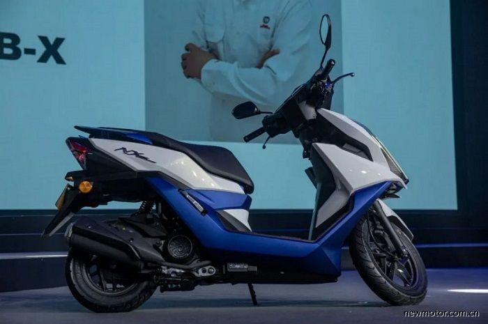 Motor baru Honda NX125 bermesin 125 cc silinder tunggal berpendingin udara.