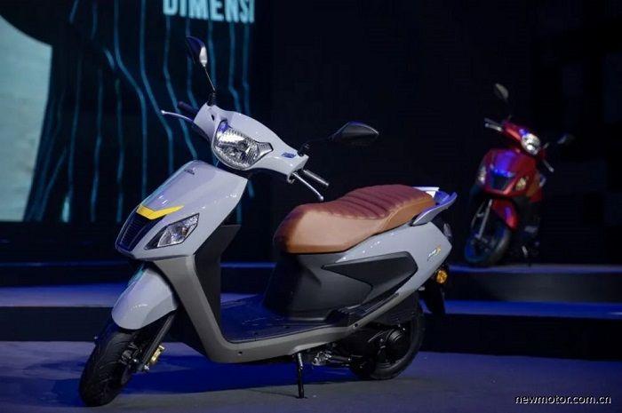 Harganya lebih murah dari Honda BeAT, motor baru ini resmi meluncur, spek dan fiturnya bikin penasaran.