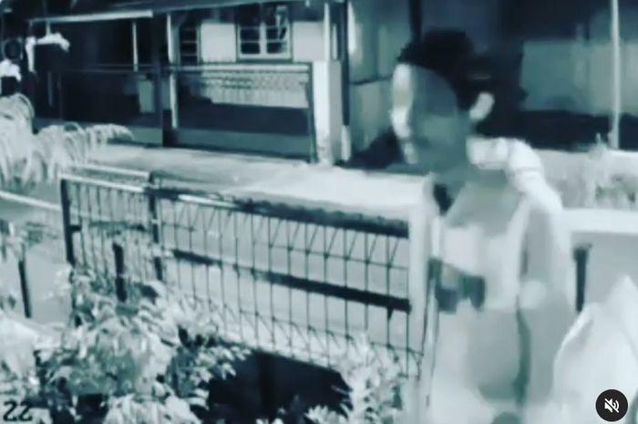 Aksi pencurian sepeda di Asrama TNI AD