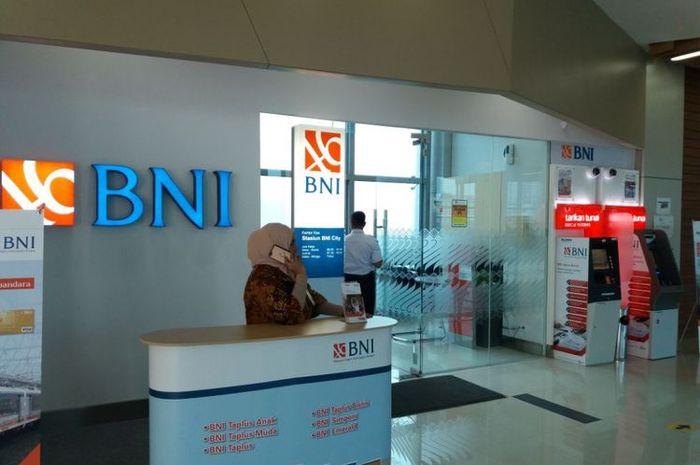 Ilustrasi Bank BNI. Bikers buruan daftar lowongan kerja BUMN di Bank BNI November 2020, dibuka buat lulusan SMA/SMK sampai S1.