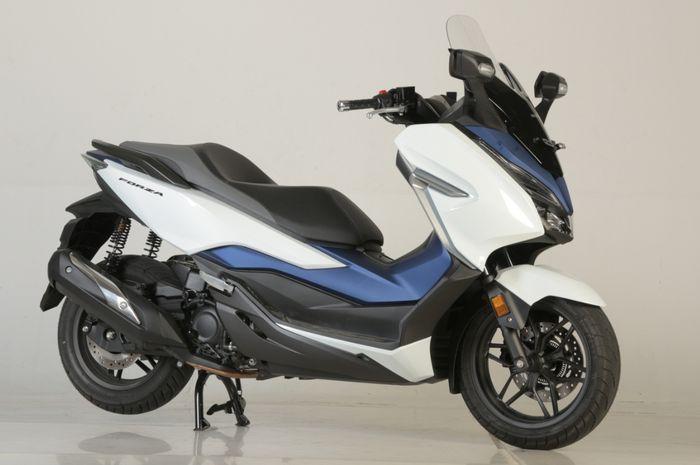 Asyik banget, motor baru Honda Forza 250 digeber diskon sampai Rp 11 juta!