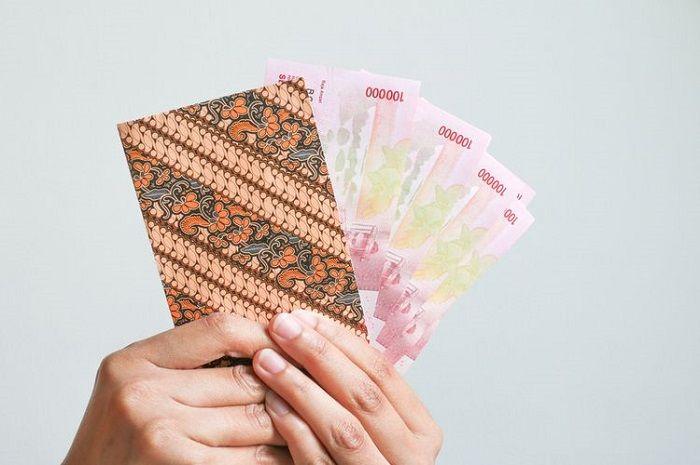 Ilustrasi. Penerima Bantuan Langsung Tunai (BLT) subsidi gaji Rp 1,2 juta berkurang, ini alasannya.