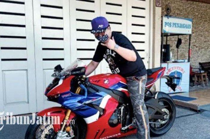 Austein Adikoesoemo, bikers asli Surabaya beli Honda CBR1000RR-R Fireblade SP secara cash