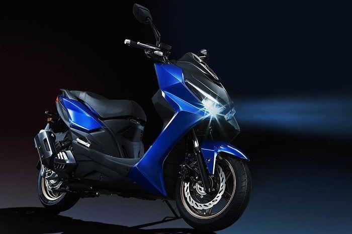 Motor baru rival Yamaha NMAX dan Honda PCX punya ABS dan traction control, speknya bikin penasaran.