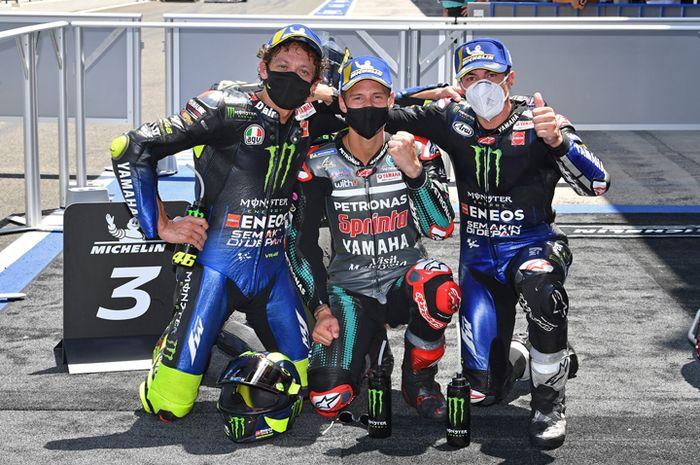 Gak cuma Valentino Rossi (kiri) dan tim Suzuki MotoGP yang disponsori Monster Energy musim depan, tapi ada pembalap MotoGP yang lain, di antaranya Fabio Quartararo (tengah) dan Maverick Vinales (kanan) dan masih ada beberapa lagi