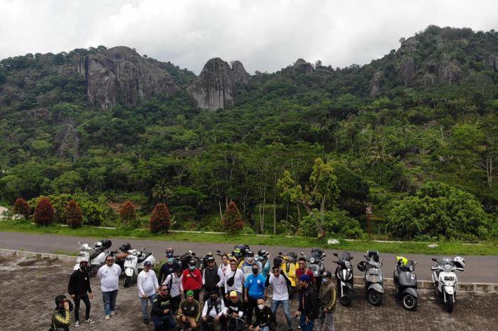 General Team Vespa Society (GTVS) Chapter Jakarta mengadakan turing Year End Ride ke Temanggung, Dieng, dan Yogyakarta.