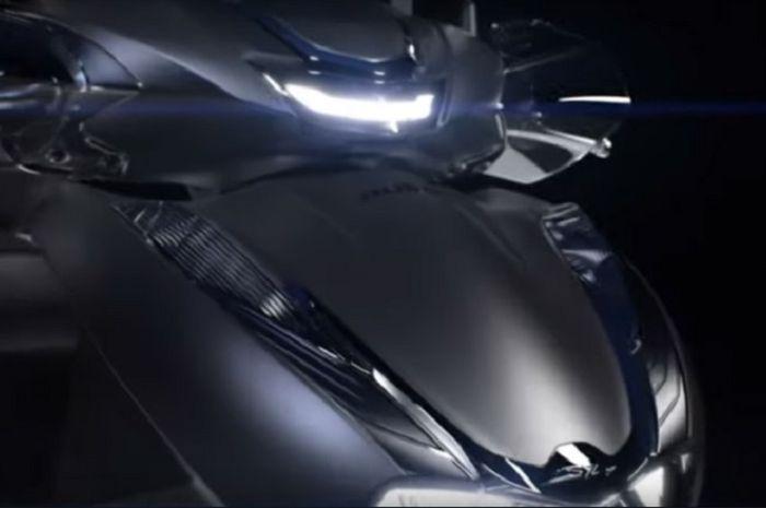 Motor matic Honda terbaru bermesin 350cc resmi dijual, harganya bikin melongo.