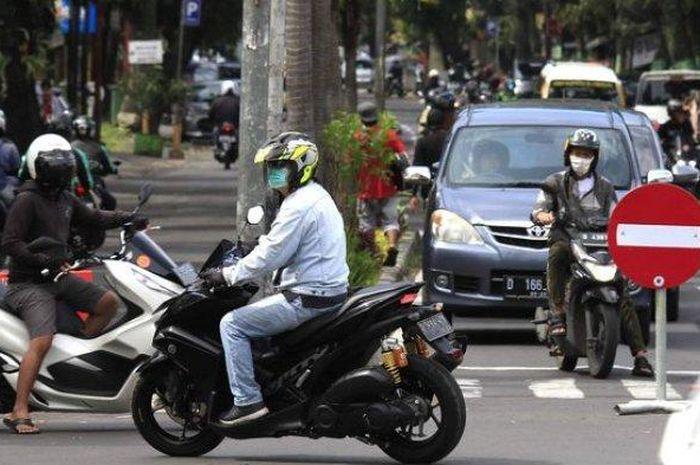 Ilustrasi jalanan di Kota Bandung.  Bikers jangan ke kota Bandung tanpa hasil rapid test, kalau enggak ada bakal dihadang TNI, Polri dan Satpol PP.