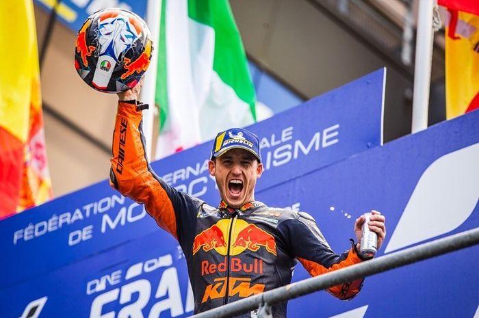 Pembalap MotoGP Pol Espargaro ucapkan salam pisah dengan helm AGV yang bekerja sama hingga 10 tahun lamanya