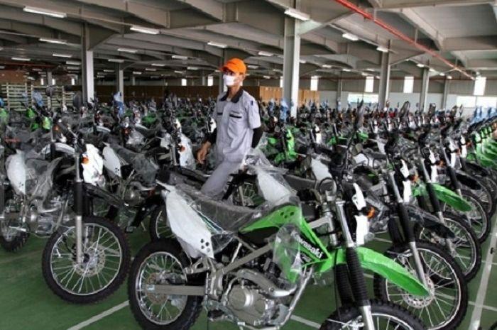 Siapin lamaran buat bikers lulusan SMA/SMK, PT Kawasaki Motor Indonesia (KMI) buka lowongan kerja.