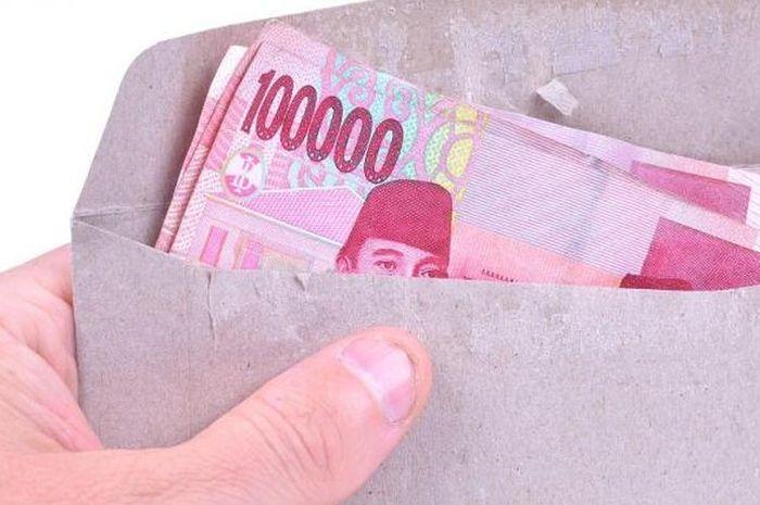 Ilustrasi uang. Pakai HP, Cara Cek Penerima Bansos Sembako Rp 200 Ribu Per Bulan