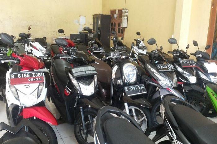 Ilustrasi. Punya bajet Rp 4 sampai 7 jutaan bisa bawa pulang motor bekas, pilihannya ada Honda BeAT dan MegaPro.