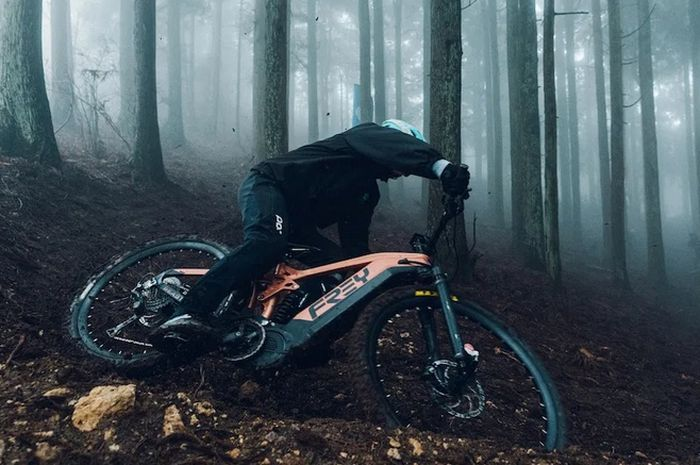 Sepeda listrik punya tenaga lebih besar dari motor Yamaha NMAX