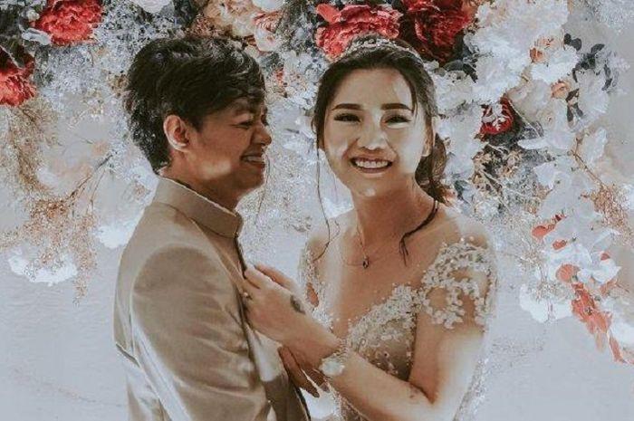 Reza Arap dan Wendy Walters gelar resepsi pernikahan di Bali, ternyata pernah parkir motor selama tiga tahun.