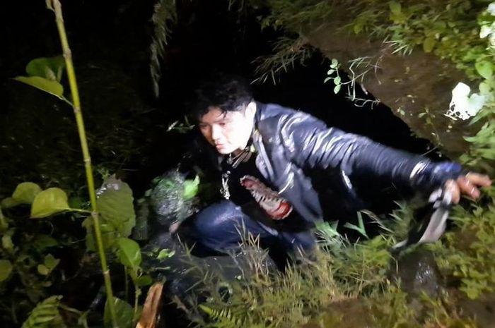Geng motor melawan sampai menyabet golok ke polisi saat mau ditangkap di Tasikmalaya, Jawa Barat, Senin (22/2/2021)