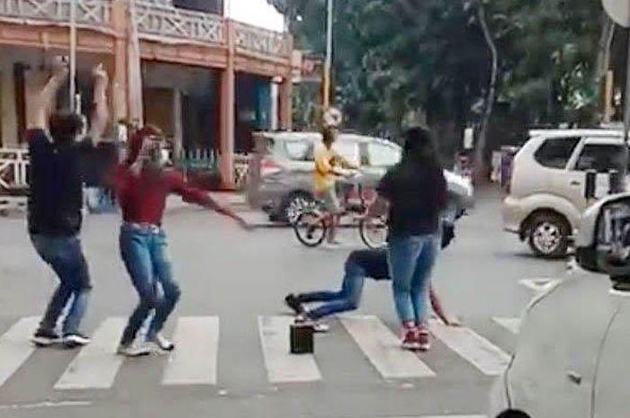 Viral video joget tiktok di Lumajang