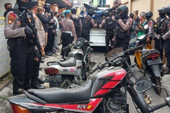 Saudara Yamaha RX-king dan puluhan motor lainnya disita polisi.
