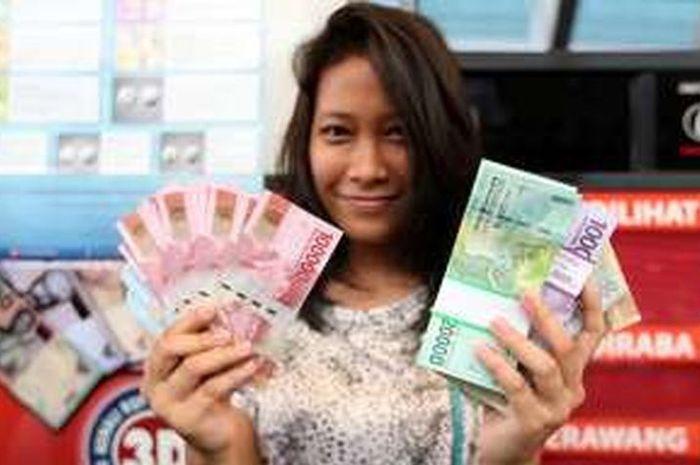 Ilustrasi uang bantuan pemerintah dari kartu prakerja
