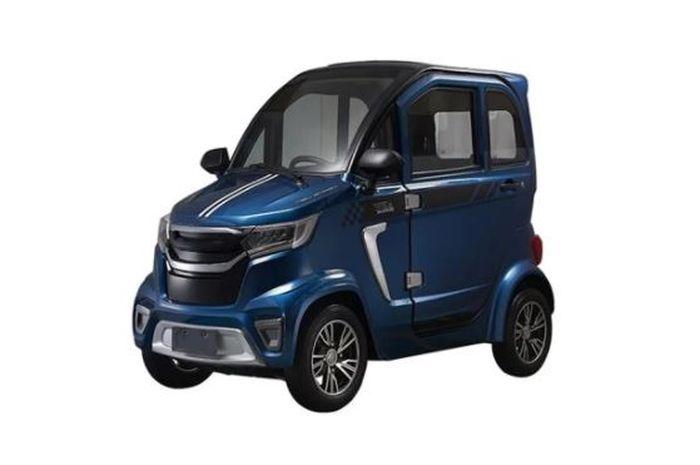 Gak bakal kehujanan plus muat 3 orang, harganya mirip Yamaha NMAX, kenalin nih mobil listrik mini EWF-C03.