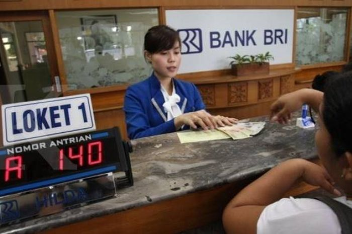 Ilustrasi pengajuan pinjaman tanpa agunan BRI