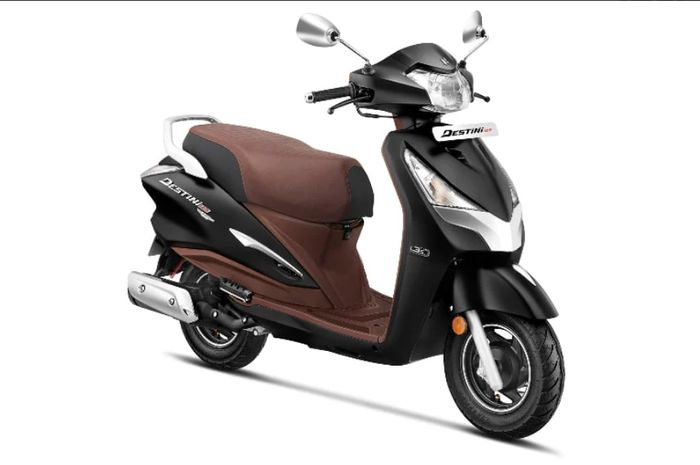 Honda Vario 125 punya saingan, edisi premium motor matic 125cc ini meluncur.