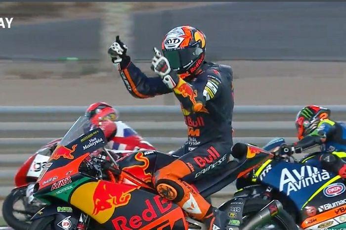 Jaume Masia berhasil menjadi juara Moto3 Qatar 2021
