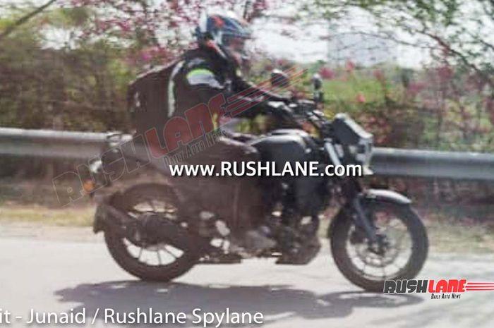 Gambar spy shot yang diyakini calon Yamaha XSR 250 baru di India.