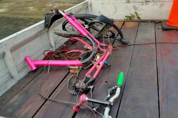Pulang Salat Subuh, Seorang Pria Pesepeda Jadi Korban Tabrak Lari