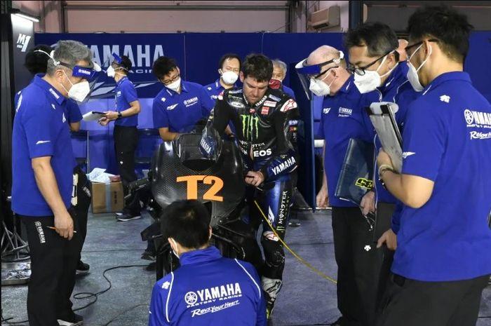 Apa yang dikasih test rider Yamaha, Cal Crutchlow hingga Maverick Vinales sukses di MotoGP Qatar 2021?