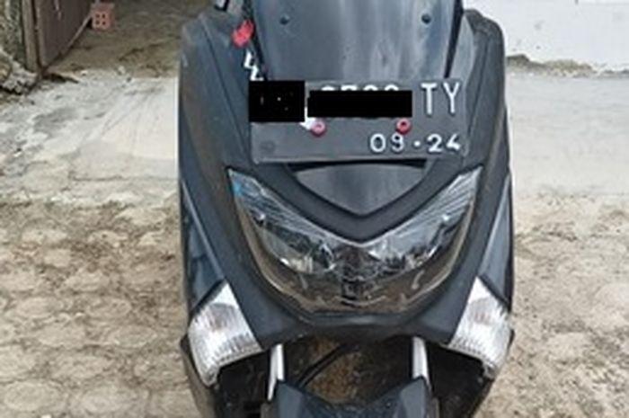 Cuma hari ini beli motor Yamaha NMAX gratis Honda Scoopy