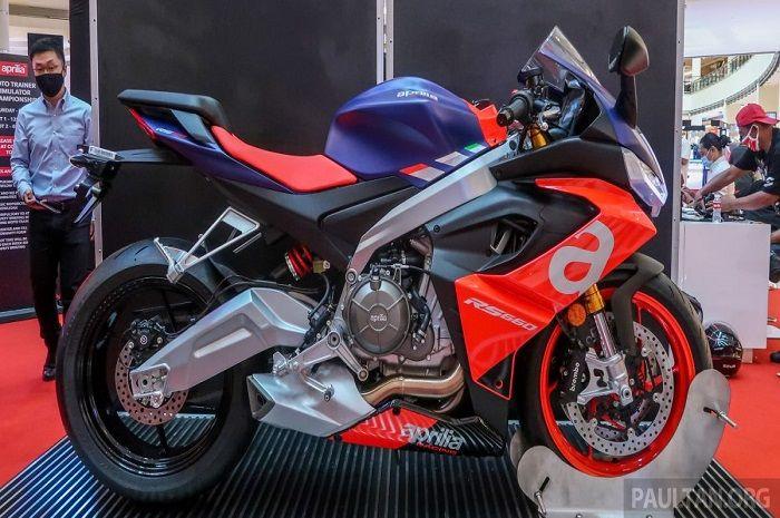 Harganya setara 6 Yamaha NMAX, fitur motor baru Aprilia ini komplit banget.