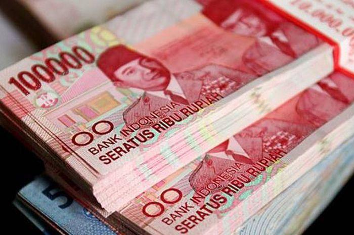 Uang ilustrasi bantuan pemerintah dan pinjaman online