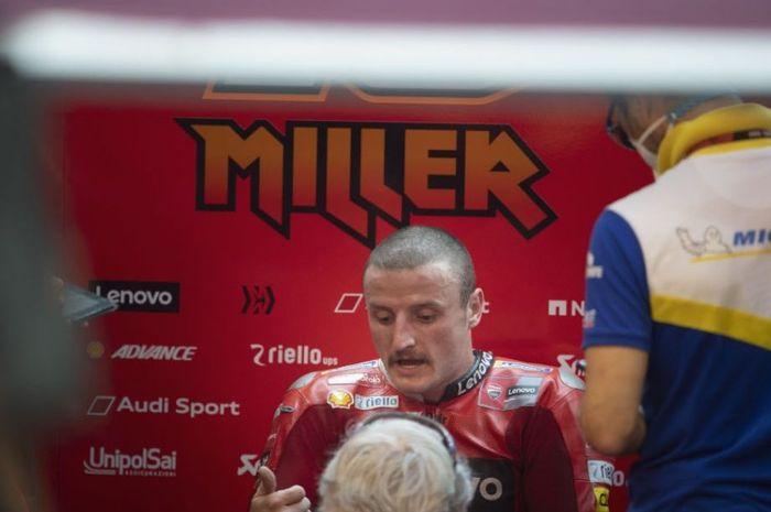 Senggolan di MotoGP Doha 2021, pembalap Ducati Lenovo Team, Jack Miller belum ngobrol sama Joan Mir.
