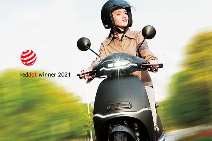 Keren, skuter listrik Horwin EK3 ini raih penghargaan desain terbaik.