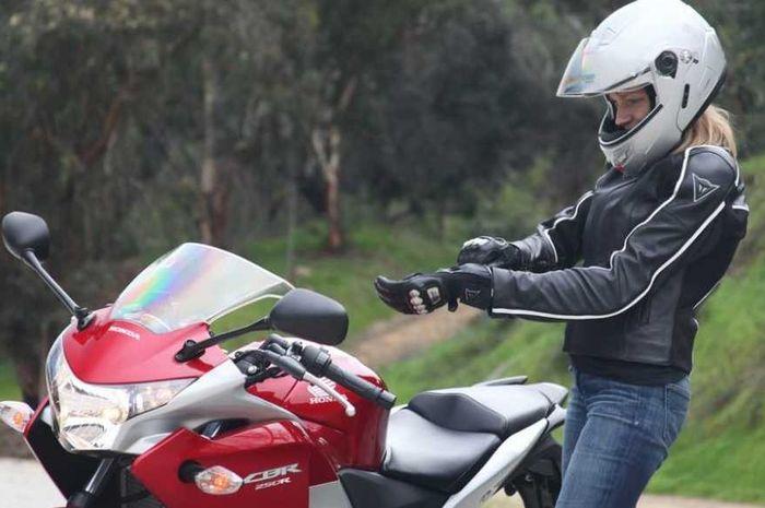 Jaket motor modis tapi safety cocok buat perjalanan jauh lebaran 2021