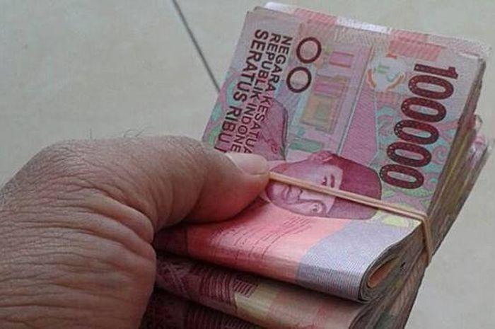 Uang ilustrasi bansos bantuan pemerintah
