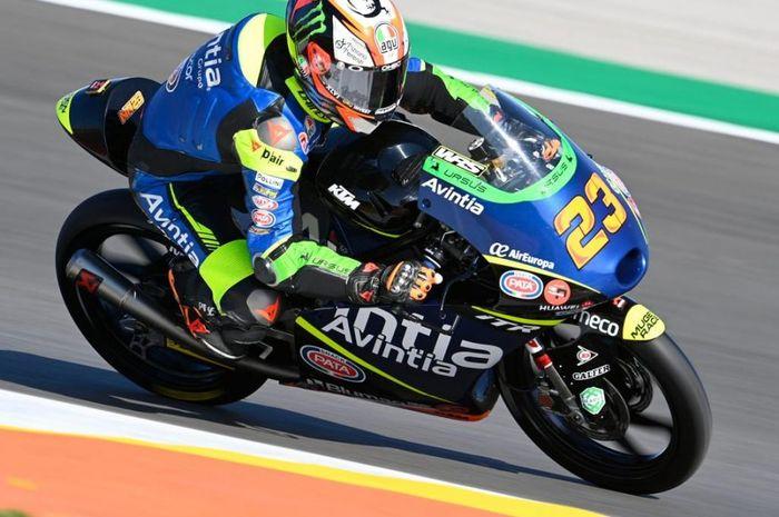 Hasil FP1 Moto3 Spanyol 2021, murid Valentino Rossi, Niccolo Antonelli menjadi yang tercepat, Andi Gilang incar poin.