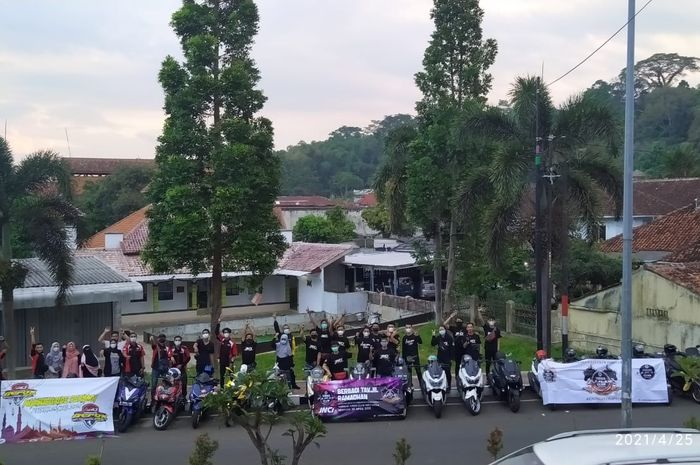 Aerox Riders Club Indonesia (ARCI) dan Yamaha NMAX Club Indonesia (YNCI) kompak berbagi.