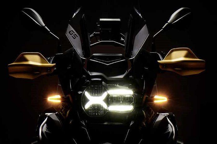 Ilustrasi siluet motor baru BMW edisi spesial.