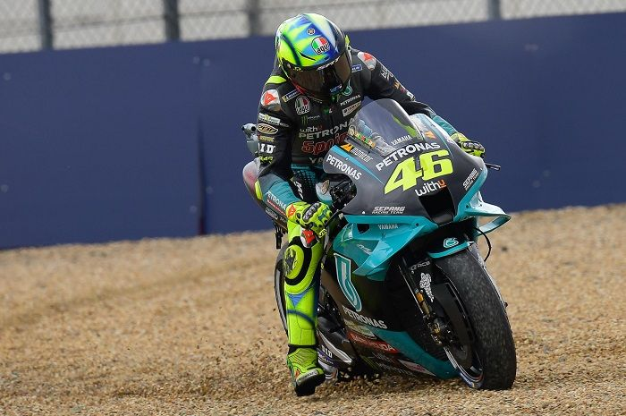 Ilustrasi. Valentino Rossi dan 2 pembalap MotoGP terlibat insiden di MotoGP Prancis 2021, salah siapa?