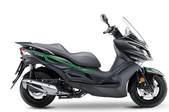 Motor matic Kawasaki J125