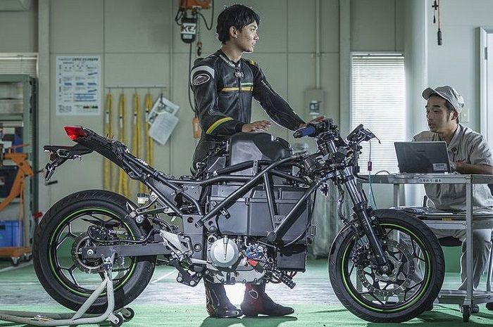 Motor listrik Kawasaki sedang dipersiapkan.
