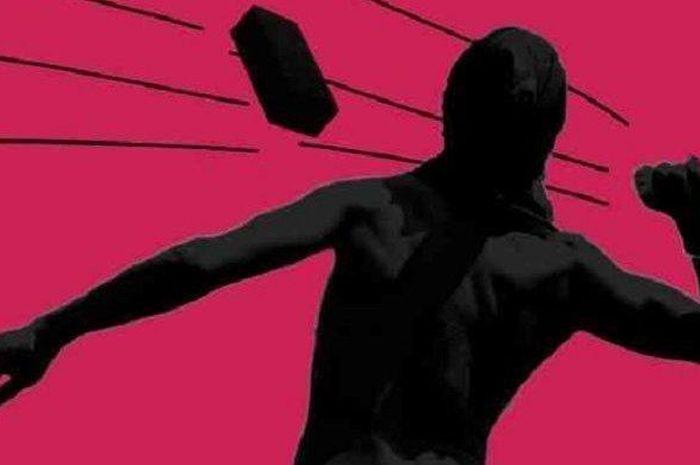 Ilustrasi, Sekarang ada modus baru teror ke perempuan di jalan, bukan begal payudara melainkan dilempar tinja.