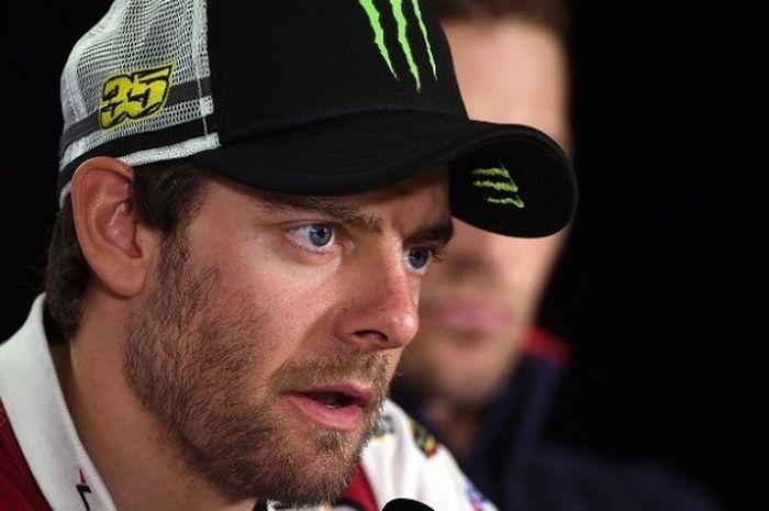 Setelah sukses di KTM, Cal Crutchlow menantang Dani Pedrosa untuk pindah ke pabrikan Yamaha atau Suzuki.