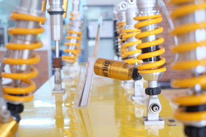 Tabung pada shockbreaker belakang ohlins punya posisi berbeda-beda