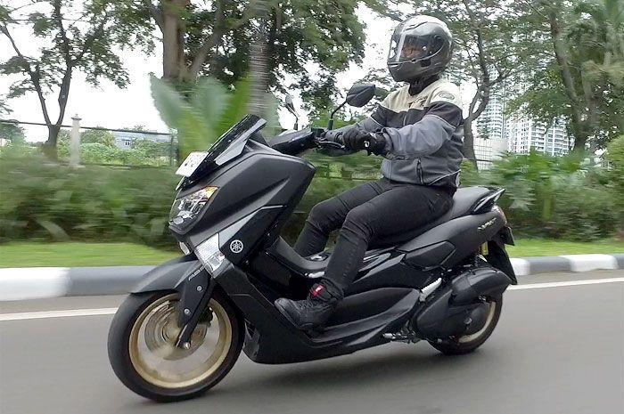 Yamaha NMAX model 2018 dibekali sokbreker sub tank