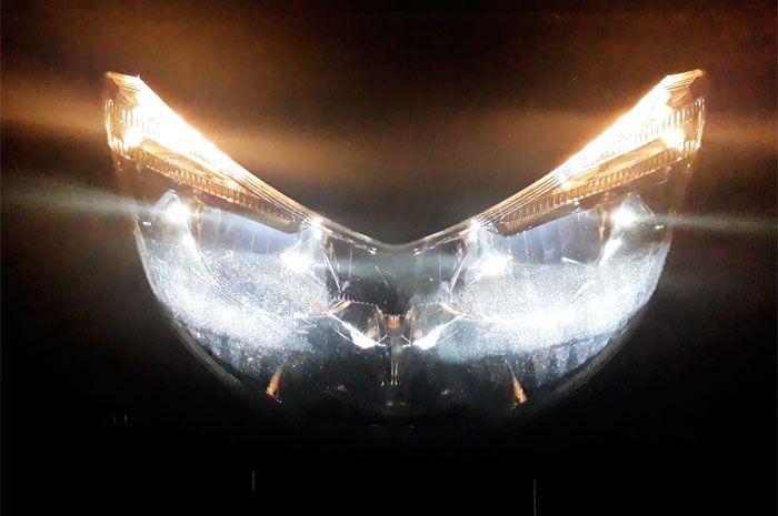 Lampu NMAX 155 2018 menggunakan 3 LED