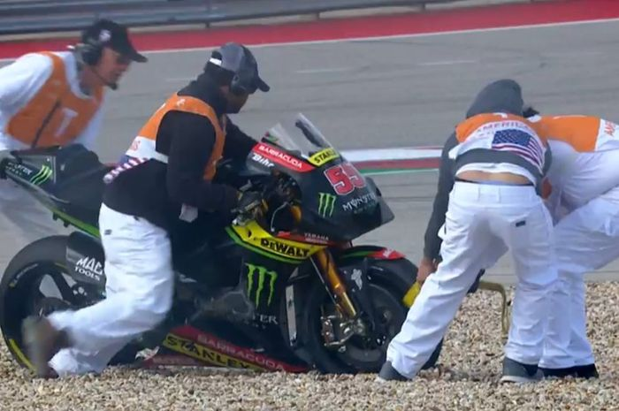 Motor Hafizh Syahrin usai terjatuh di sesi warm-up MotoGP Amerika