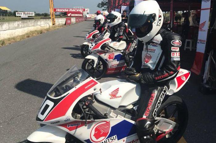 PT Astra Honda Motor mengirim 3 pembalap siswa Astra Honda Racing School ke ajang Thailand Talent Cu