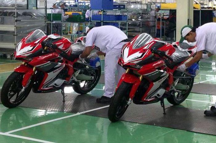 Produksi Honda CBR250RR di pabrik Karawang
